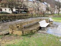 Kneippbecken_im_Kurpark_Bad_Schandau_klein