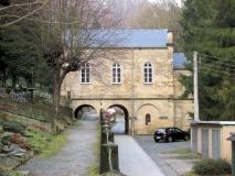 Torhaus_Friedhof_Bad_Schaudau_klein