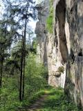 Pfad_unterhalb_Burg_Hohnstein_klein
