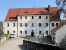 unteres_Gebaeude_Burg_Hohnstein_klein