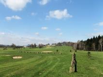 Wanderweg_ueber_Golfplatz_Jonsdorf_klein