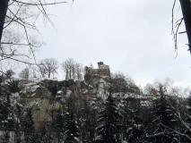 winterliche_Burg_Hohnstein_vom_Halbeweg_klein