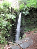 Gelobtbachtalmuehle_Muehlteich_unterer_Wasserfall_klein