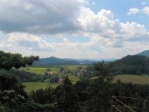 Aussicht_vom_Hohenleipaer_Raubschloss_klein