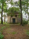 Mausoleum_von_vorne_klein