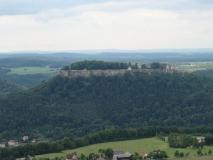 Festung_Koenigstein_vom_Lilienstein_klein