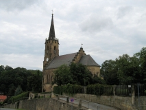 Kirche_Berggiesshuebel_klein