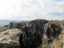 Felsenband_oberhalb_vom_Heringsgrund_klein