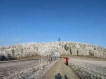 winterlicher_Weg_hoch_zum_Weifberg_klein