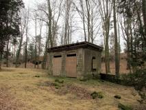 einziges_Gebaeude_auf_Festungsfriedhof_klein