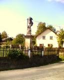 Statue_in_Binsdorf_klein