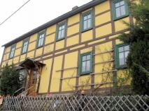 Altes_Wohnhaus_von_1741_Mittelndorf_klein