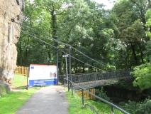 Kettenbruecke_im_Park_Schloss_Decin_klein