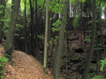 gigantischer_Felseinschnitt_Tiergartenweg_klein