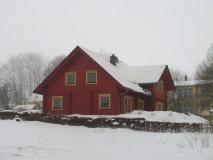 winterliches_Holzhaus_Hohnstein_klein