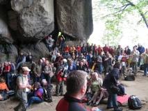 Besucher-Posaunenchor_vor_Himmelsleiter_bei_Berggottesdienst_klein