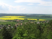 Blick_von_Napoleonstein_auf_Langenhennersdorf_klein