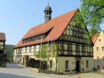 schoenes_Rathaus_von_Hohnstein_klein