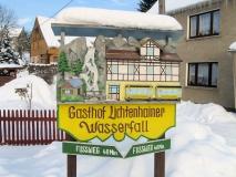Hinweisschild_Gasthof_Lichtenhainer_Wasserfall_klein