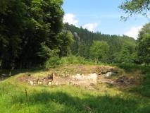 freigelegte_Grundmauern_in_Hinterdittersbach_klein