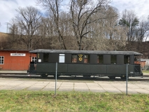 sanierter_Wagen_der_Schmalspurbahn_klein