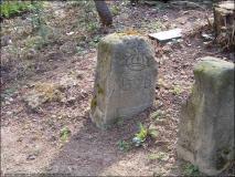 26-Grenzstein