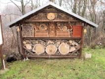 riesiges_Insektenhotel_Zeschnig_klein