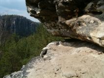 Felsspalte_Honigsteine_klein