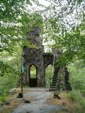 Schlossberg_Ruine_von_hinten_klein