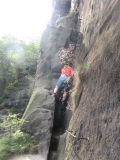 Klettern_auf_Felsenband_Zwillingsstiege_klein
