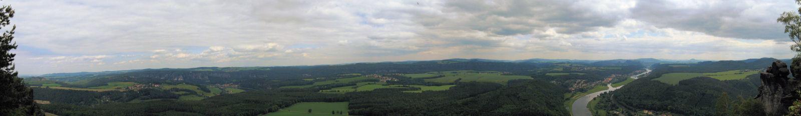 Panorama_Lilienstein_Richtung_Bad_Schandau_klein