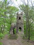 Ruine-Schomburg_vom_Aufstieg_aus_gesehen_klein