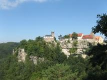 Aussichter_Ritterfelsen_auf_Burg_Hohnstein_klein