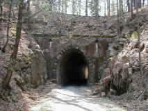 Schmalspurbahn_Tunnel_2_3_klein