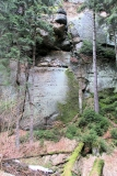 Felsplatte-Eingang_Hoehle_an_der_Teufelswand_klein