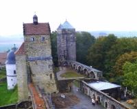 Burg_Stolpen_Coselturm_Sergerturm_klein