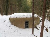 Bunker_an_der_Strasse_nach_Jonsdorf_klein