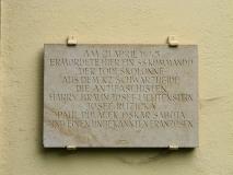 Gedenktafel_Todesmarsch_Gnauckmuehle_klein