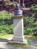 Koenig-Anton-Denkmal_Lieblingstal_klein
