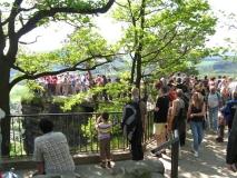 Menschenmassen_auf_Bastei-Aussicht_klein