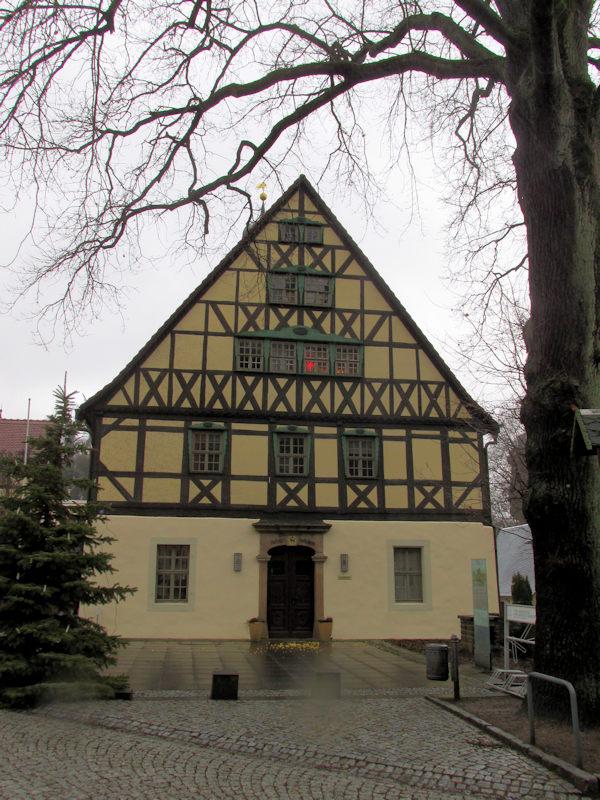 Rathaus_in_Hohnstein_klein